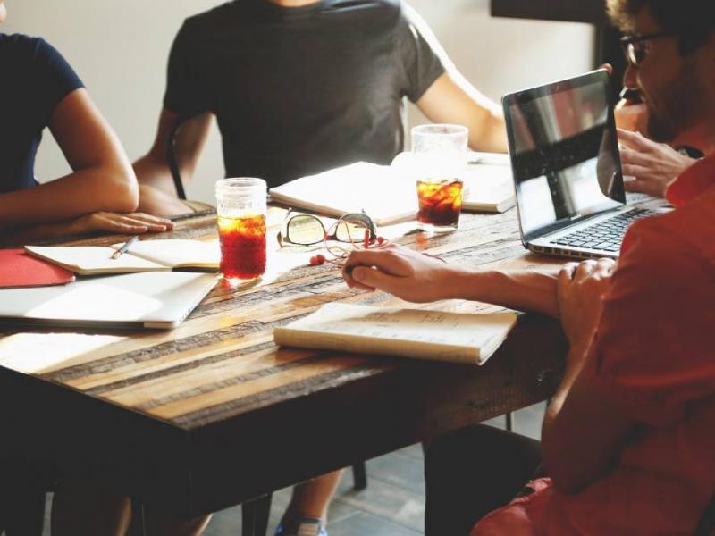 ventajas y desventajas coworking